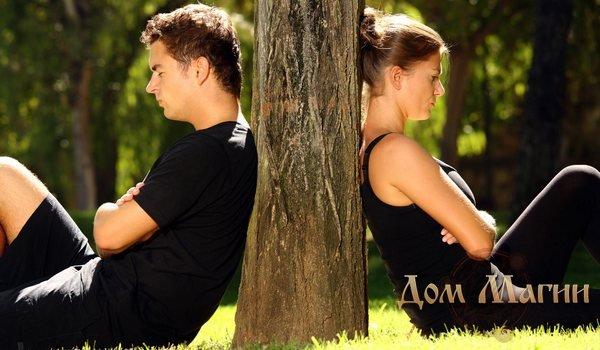 Симптомы отворотов у мужчин и женщин очень похожи