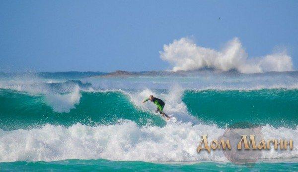 Плавать с удовольствием по волнам